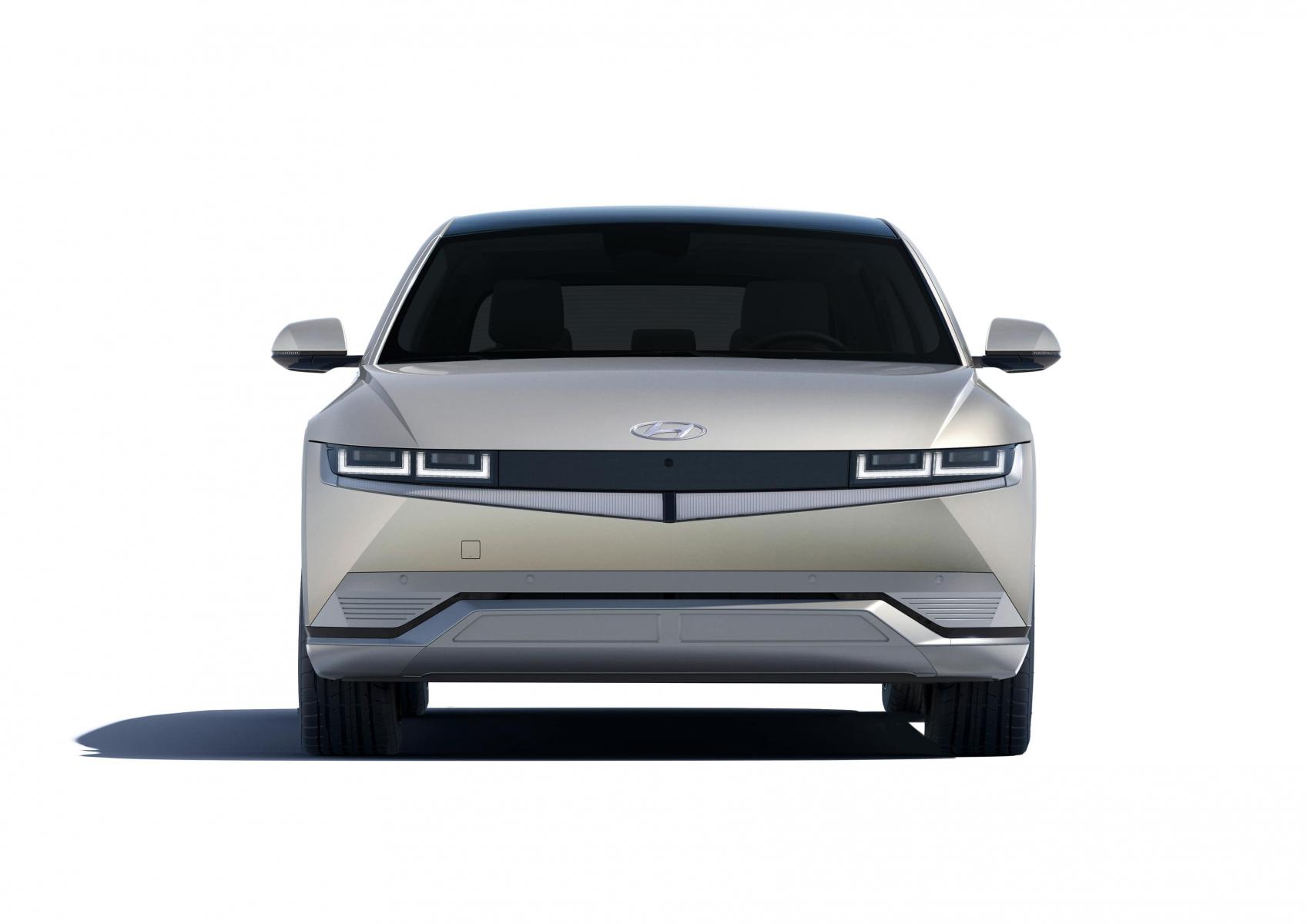 Hyundai IONIQ 5 переосмислює спосіб життя з електричною мобільністю   Олимп Мотор - фото 11