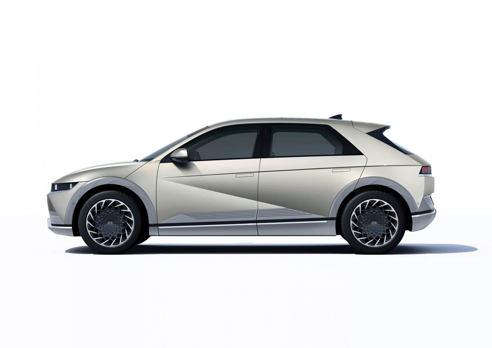 Hyundai IONIQ 5 переосмислює спосіб життя з електричною мобільністю   Олимп Мотор - фото 12